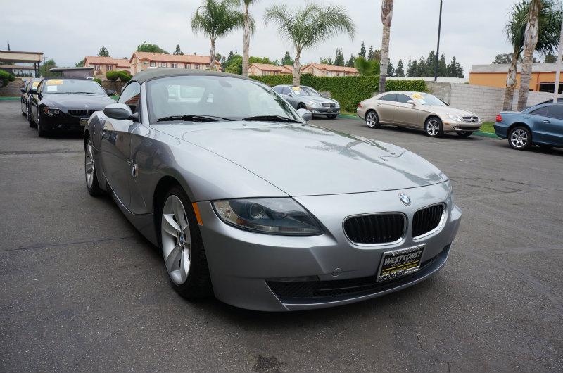 2006 BMW Z4 30i 09 APRLimited term financing OAC  on 09 or newer models nbsprestriction