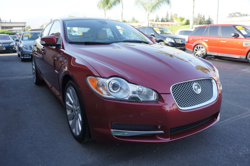 2009 Jaguar XF Premium Luxury 09 APRLimited term financing OAC  on 09 or newer models nbsp