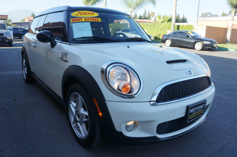 2009 MINI Cooper Clubman S 09 APRLimited term financing OAC  on 09 or newer models nbspr